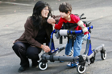 mom-with-disabled-child.jpg