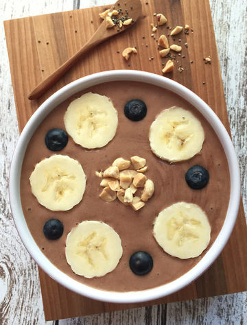 Peanut Power Smoothie Bowl