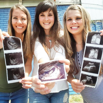 three sisters pregnant together