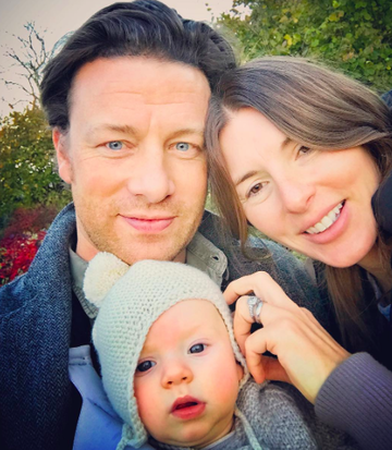 jamie and jools oliver and baby river rocket