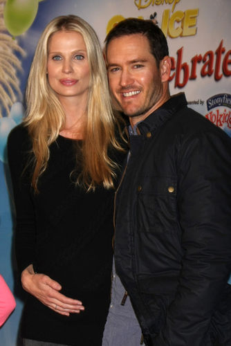 Mark-Paul Gosselaar and second wife, Catriona