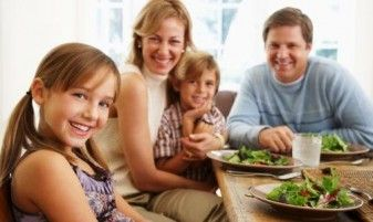 Study: Family Dinners May Keep Teens from Smoking, Drinking 29284