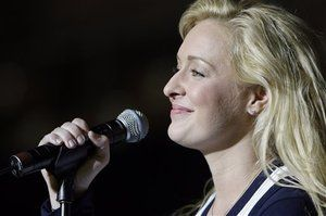 Country Singer Mindy McCready Pregnant with Twins 29380
