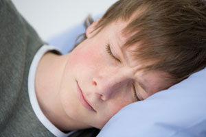 CDC: Insufficient Sleep Among Teens Linked with Risky Behaviors 29289