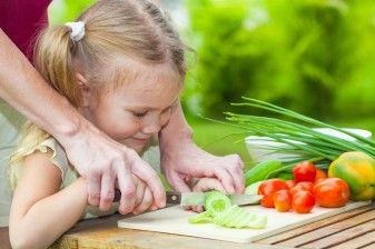 How to Help Vegetarian (and All) Kids Eat Their Vegetables 37696