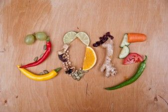 Experts Offer 12 Tips to Help Kids Eat Better in 2015 37798