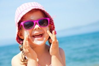 Should Schools Ban Sunscreen? 34802