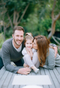 Tiffani Thiessen and family