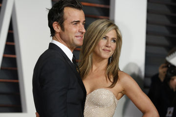 jennifer aniston and justin theroux on the red carpet