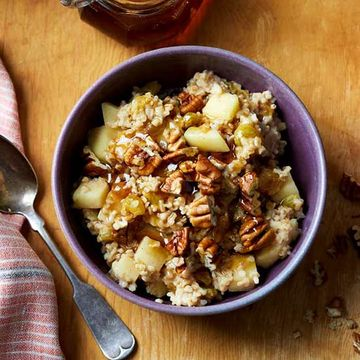 Apple-and-Cinnamon Oatmeal recipe image