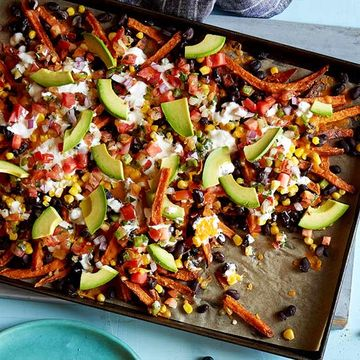 Sweet-Potato-Fry Nachos recipe image