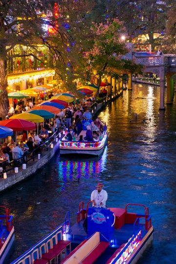 Magical Holiday Places San Antonio, Texas