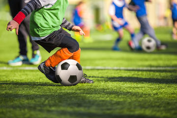 Kids playing soccer and other sports can put them at risk of concussion.