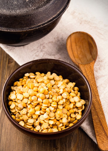 Bowl of Dry Yellow Pea Protein