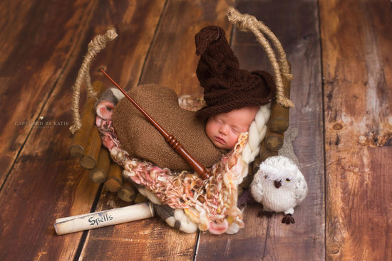 Photographer Recreates Harry Potter Newborn Shoot For