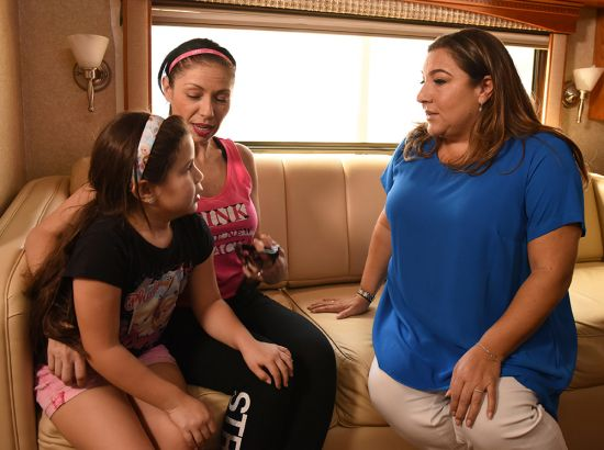 Jo Frost with mother and daughter