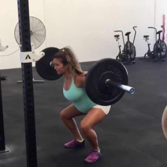 Revie Jane squats while pregnant