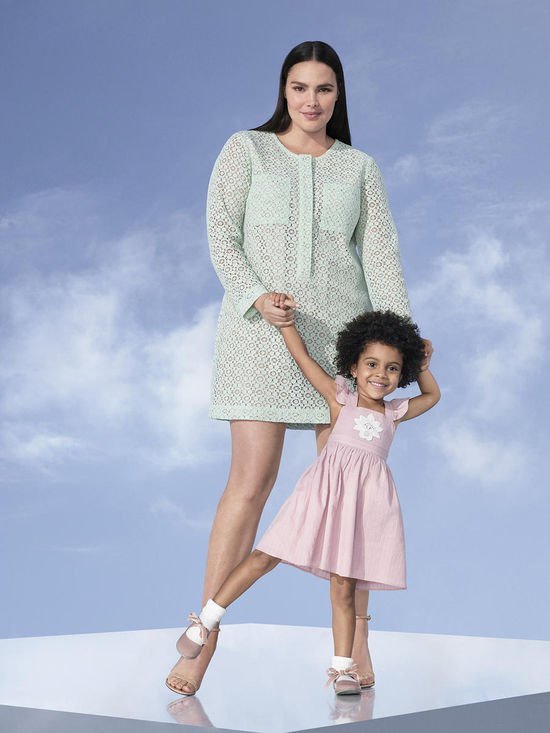 women and toddler vicotoria beckham for target 2
